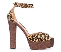 Sandalen mit Leoparden-Print