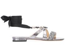 Verzierte Sandalen mit Schleifenverschluss