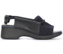 Sandalen mit geripptem Einsatz - women