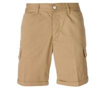 Cargo-Shorts mit aufgestickten Totenköpfen