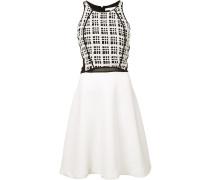 Kleid mit transparenten Elementen