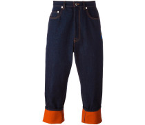 Cropped-Jeans mit kontrastierendem Saum - men