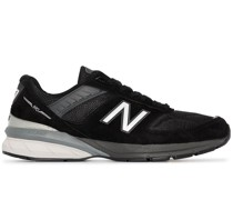 '990v5' Sneakers aus Wildleder