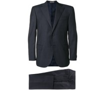 Anzug mit Karomuster