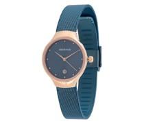 Armbanduhr mit Nieten
