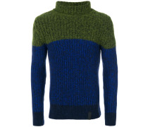 Rollkragenpullover mit Colour-Block-Optik
