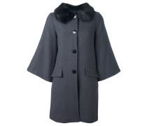 Mantel mit ausgestellten Ärmeln