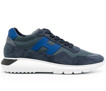Interact.3 Sneakers