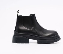 elasticated side-panel boots