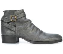 V-star boots