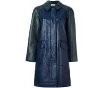 Glänzender Mantel mit verdeckter Knopfleiste