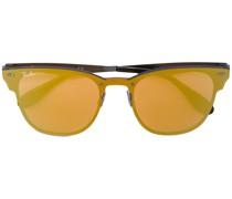 Brille mit getönten Gläsern