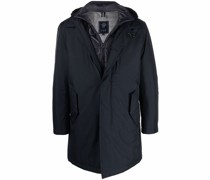 Gefütterter Mantel im Layering-Look