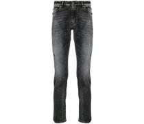 Halbhohe Distressed-Jeans