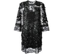 Kleid mit Verzierung