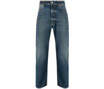Gerade Jeans mit Logo-Patch
