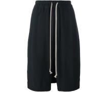 'Pod' Shorts mit tiefem Schritt