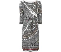 Gemustertes Kleid mit Gürtel
