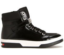 High-Top-Sneakers mit Glanzeffekt
