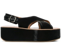 Wedge-Sandalen mit Cut-Out