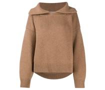 Pullover mit gespreiztem Kragen