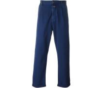 Jeans mit hochgeklapptem Saum