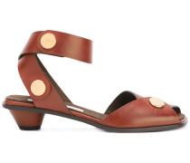 Sandalen mit Trichterabsatz