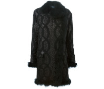 Texturierter Mantel mit Pelzbesatz