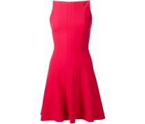 Ausgestellte Kleid