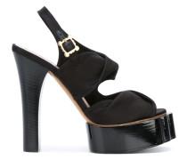 Sandalen mit Pleateausohle - women