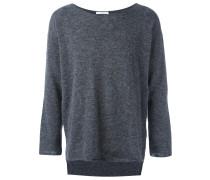 Asymmetrischer Pullover mit ausgefransten Kanten