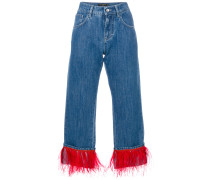 Jeans mit Straußenfedern