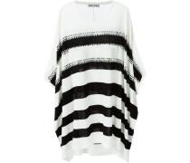 Gehäkelter Pullover mit Streifen