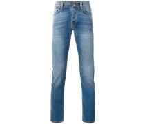 Jeans mit schmalen Schnitt
