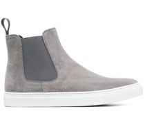 Sneakers mit Stretcheinsätzen