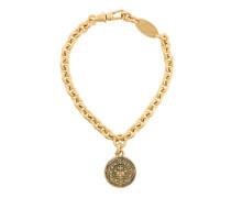 medal pendant short necklace