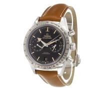'Speedmaster '57' analog watch