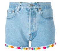Jeans-Shorts mit Pompons