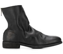 Stiefel mit Risseffekt