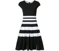 Gestreiftes Kleid mit Falten - women