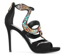 Sandalen mit Schlangenverzierung