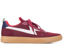 Sneakers in Strickoptik