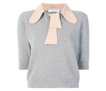 spread tied collar
