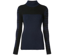 Gerippter Pullover mit Musterung