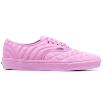 Sneakers mit Steppung