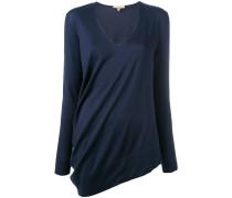 Asymmetrischer Pullover mit V-Ausschnitt