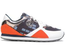Sneakers mit geometrischem Print