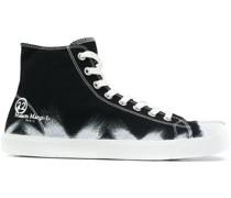 Bemalte 'Tabi' High-Top-Sneakers