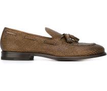 Gewebte Loafer mit Quasten