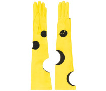 Handschuhe mit Cut-Outs